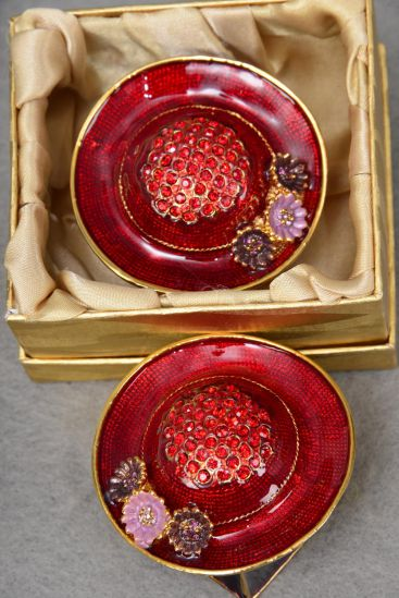 Gift Box Enamel RED HAT W Rhinestones/PC