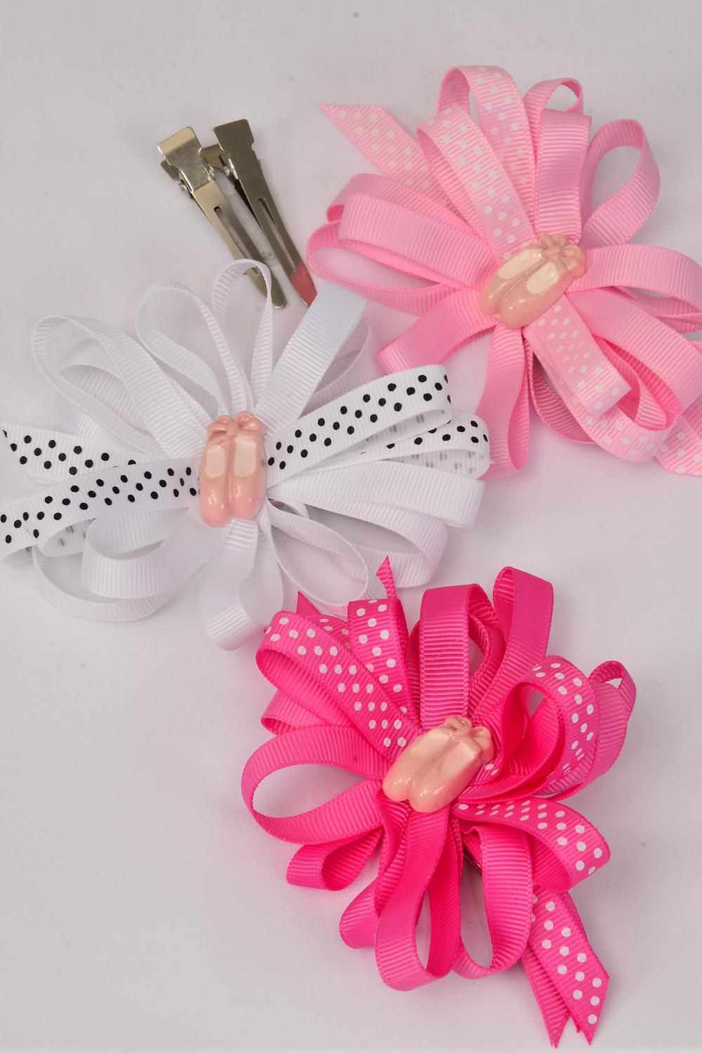 hair bow ballet shoes loop bow polka dots grosgrain bowtie. Black Bedroom Furniture Sets. Home Design Ideas