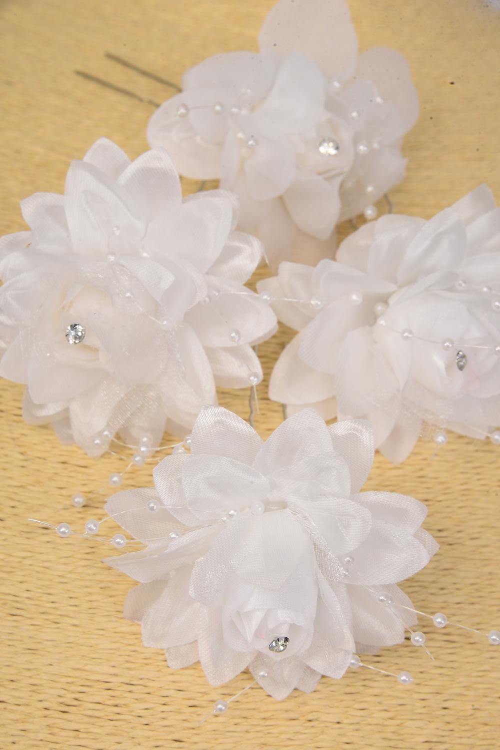 "Flower Hat Pin White String Beads/DZ **Hat Pin** White,Flower Size-3"" Wide,H-Pin-3"",Display Card & UPC Code,Clear Box"