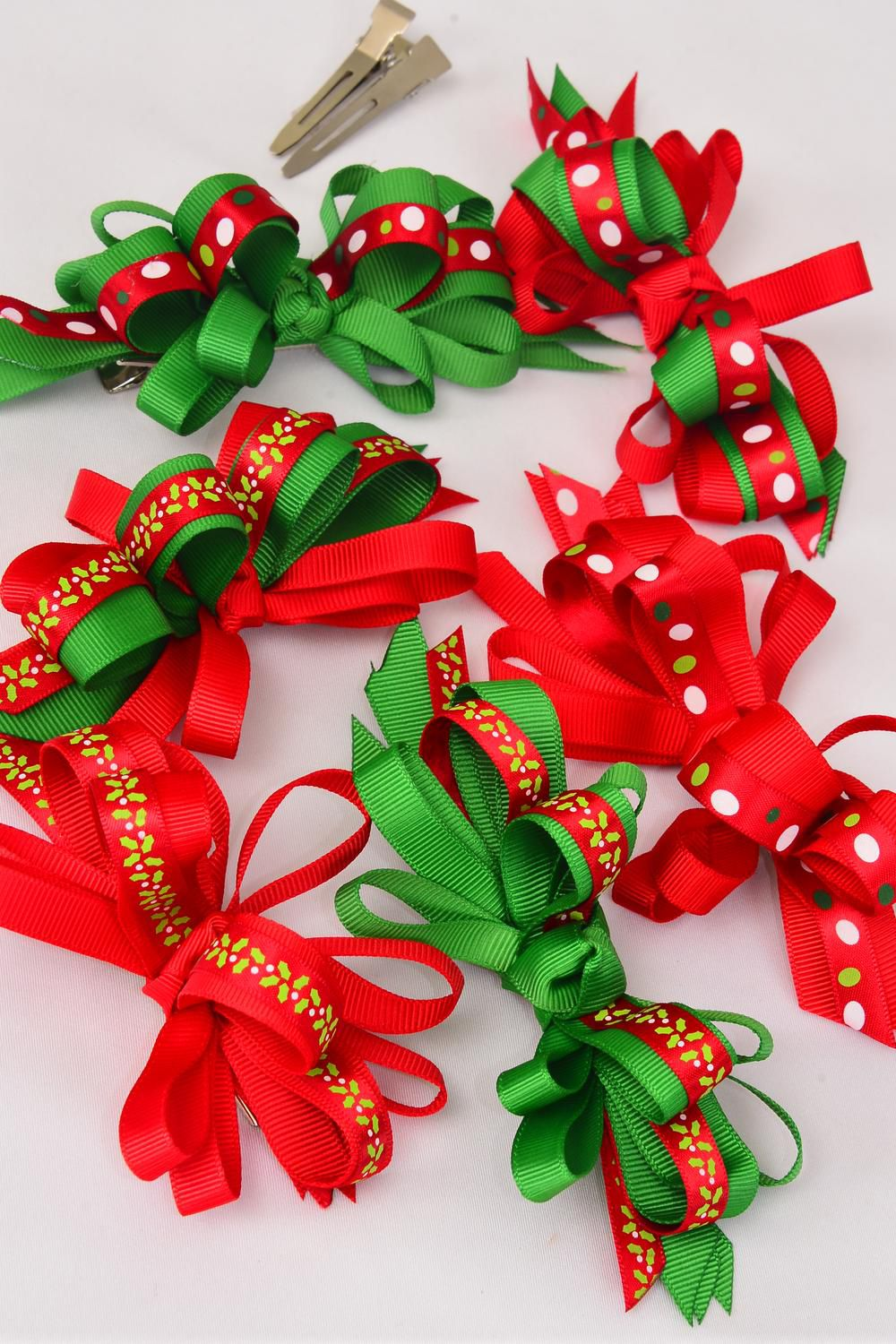 "Hair Bow Xmas Grosgrain Loop Bow Holly & Dots Mix Alligator Clip/DZ **Alligator Clip** Bow Size-4.5""x 3.5"" Wide,2 of each Color Asst,Display Card & UPC Code,W Clear Box"