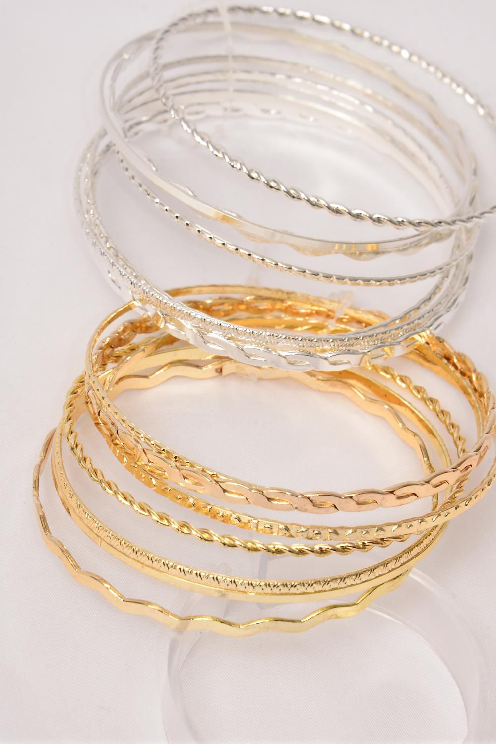 "Bangles 7 pcs Metal Asst Patterns/DZ Size-2.75"" Dia Wide,6 Gold & 6 Silver Mix,Hang tag & Opp bag & UPC Code,each card has 7pcs Bangles,12card=Dozen -"