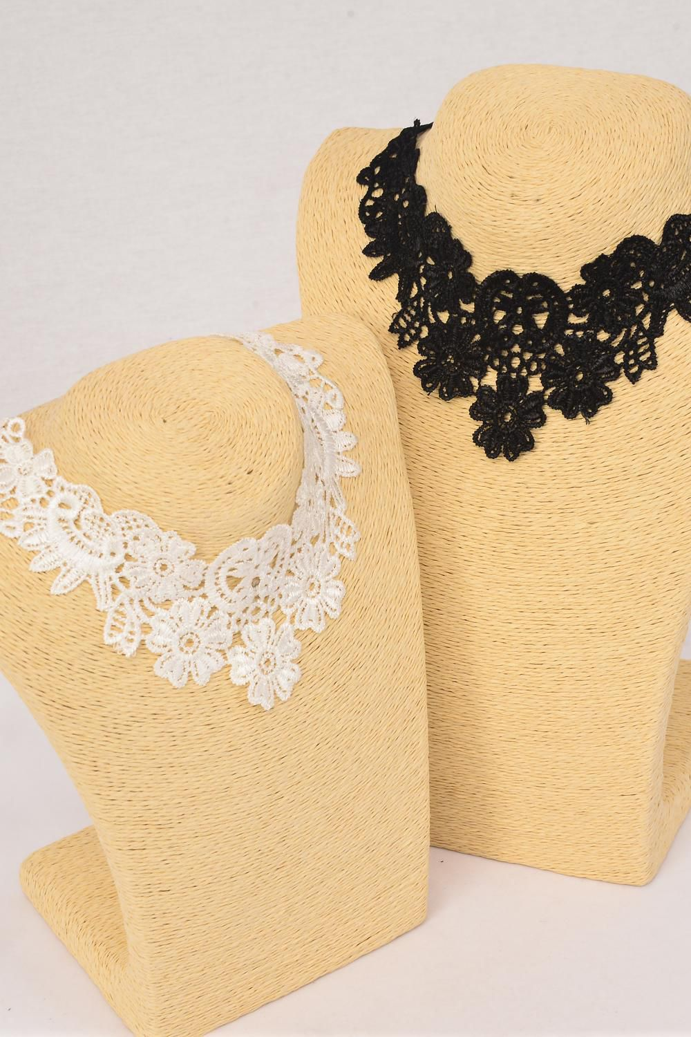 "Necklace Choker Lace V Shape Black & White Asst/DZ Size-14"" Extenstion Chain,8 Black,4 White Asst,Display Card & OPP Bag & UPC Code"
