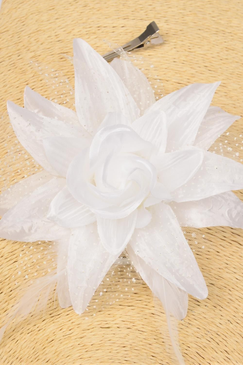 "Silk Flower Lily Baby Breath & Feathers Alligator Clip White/DZ **White** Size- 5.5"",Alligator Clip & Brooch & Elastic Pony,Display Card & UPC Code"